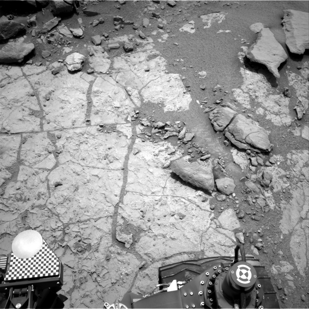 Nasa's Mars rover Curiosity acquired this image using its Right Navigation Camera on Sol 268, at drive 0, site number 6