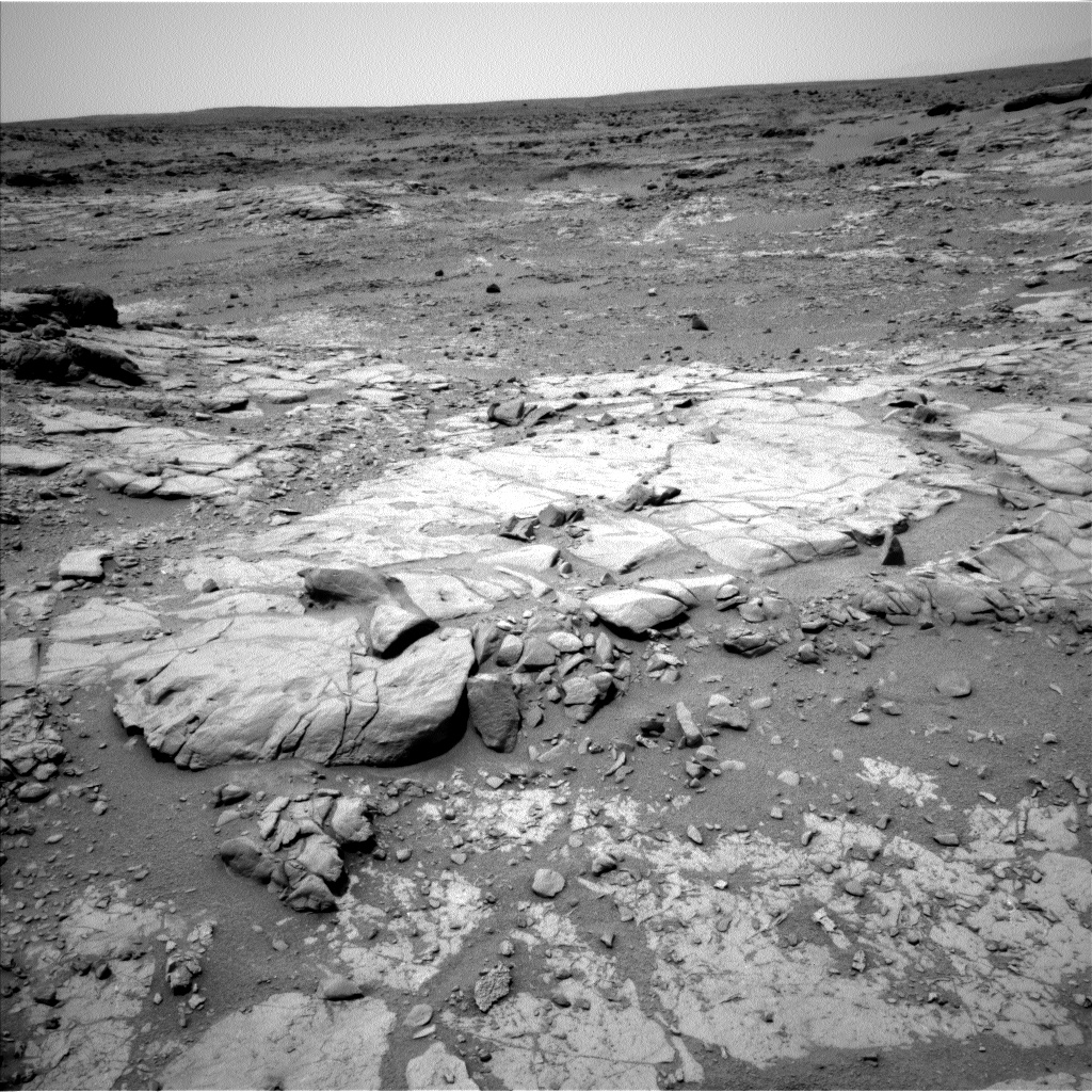 Nasa's Mars rover Curiosity acquired this image using its Left Navigation Camera on Sol 272, at drive 0, site number 6