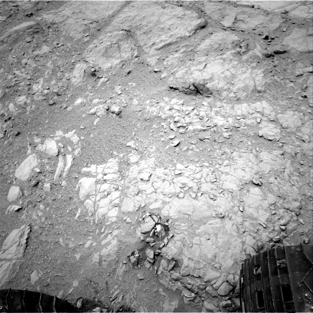 Nasa's Mars rover Curiosity acquired this image using its Right Navigation Camera on Sol 272, at drive 68, site number 6