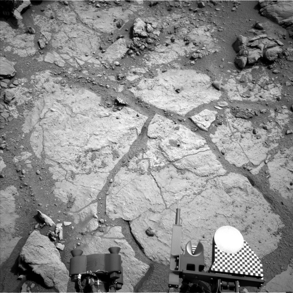 Nasa's Mars rover Curiosity acquired this image using its Left Navigation Camera on Sol 279, at drive 82, site number 6