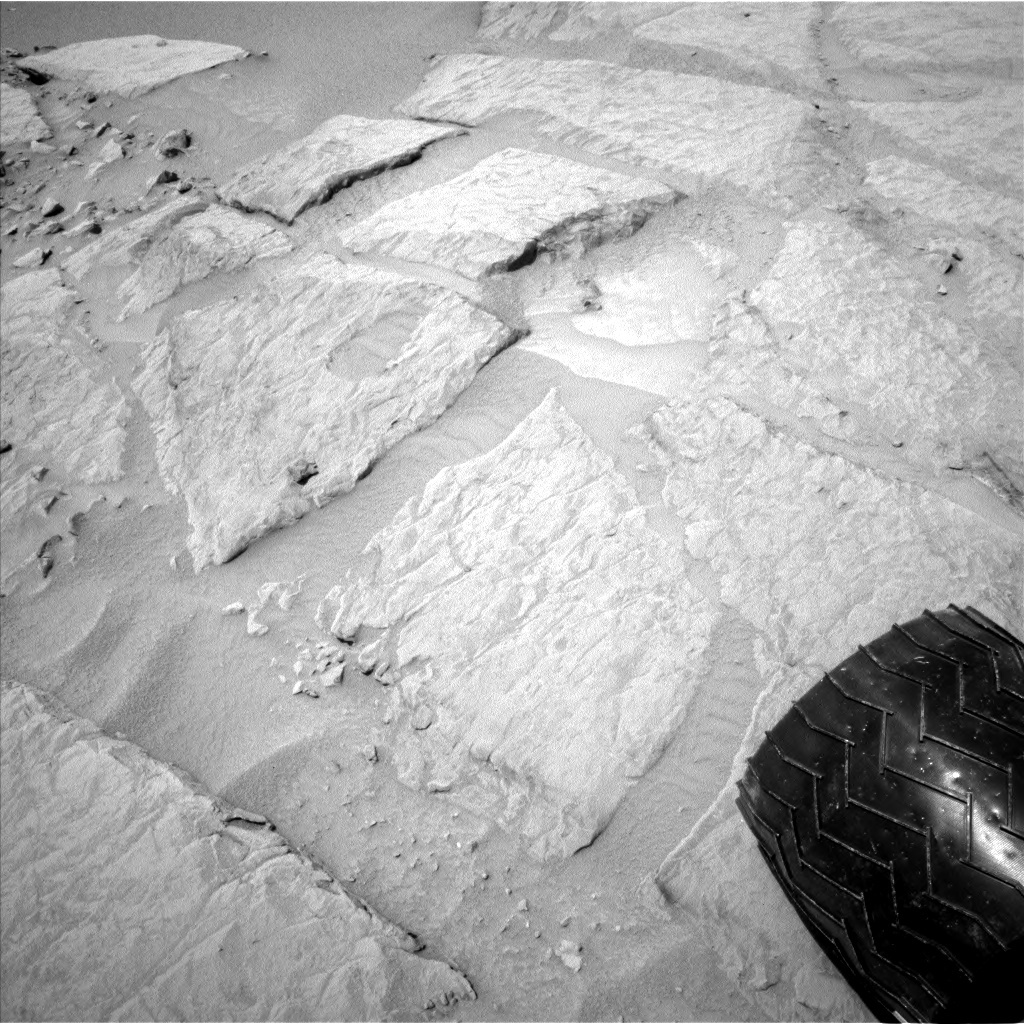 Nasa's Mars rover Curiosity acquired this image using its Left Navigation Camera on Sol 301, at drive 410, site number 6