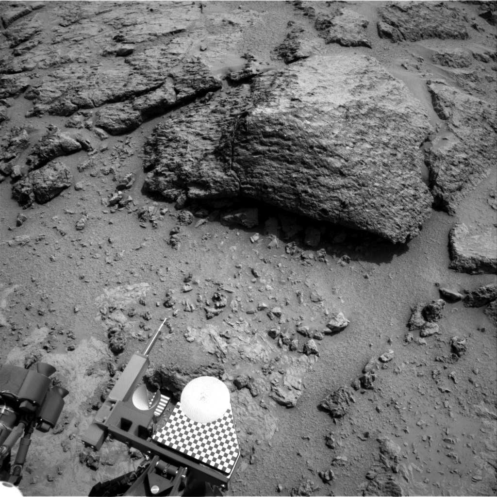 NASA's Mars rover Curiosity acquired this image using its Right Navigation Cameras (Navcams) on Sol 303