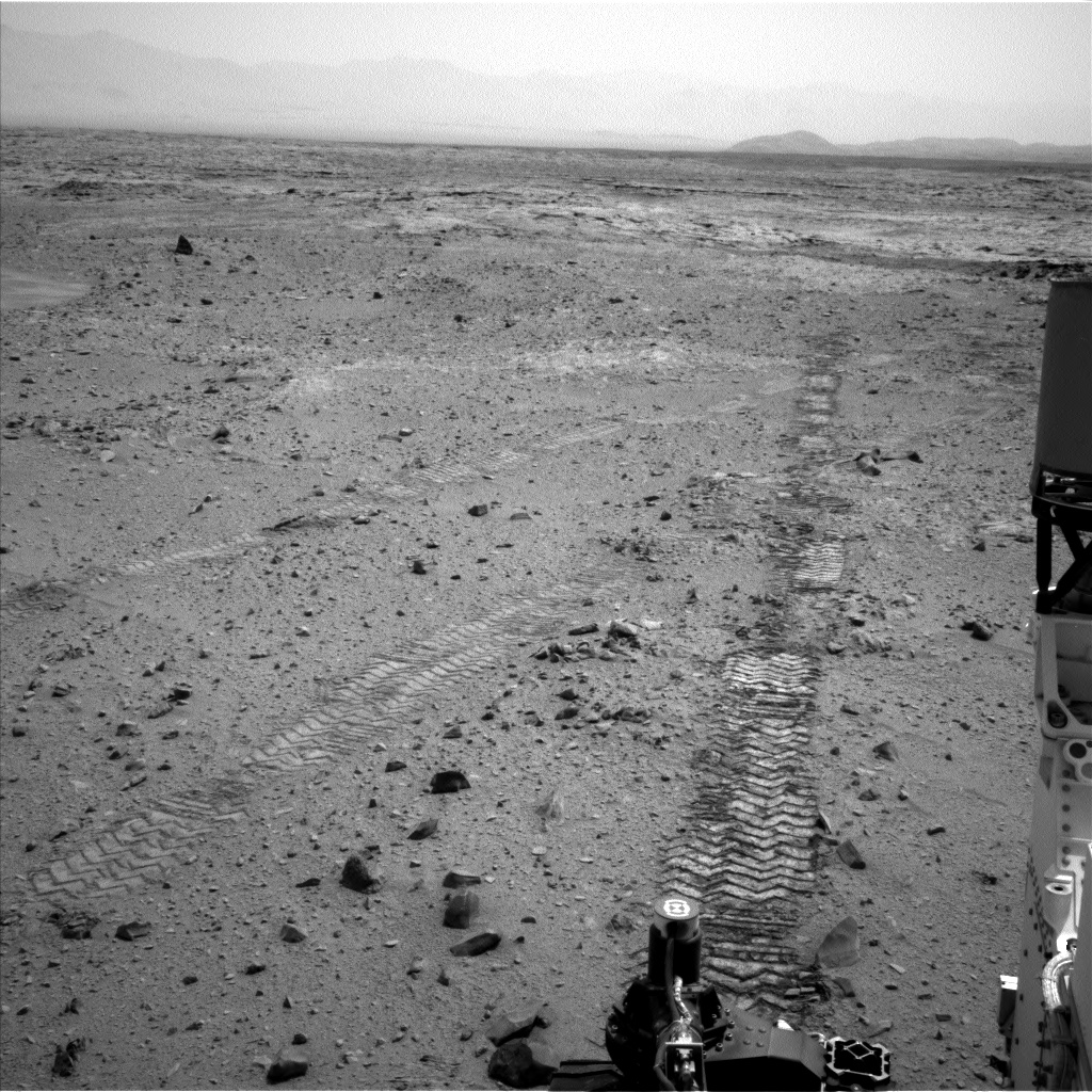 Nasa's Mars rover Curiosity acquired this image using its Left Navigation Camera on Sol 330, at drive 270, site number 7