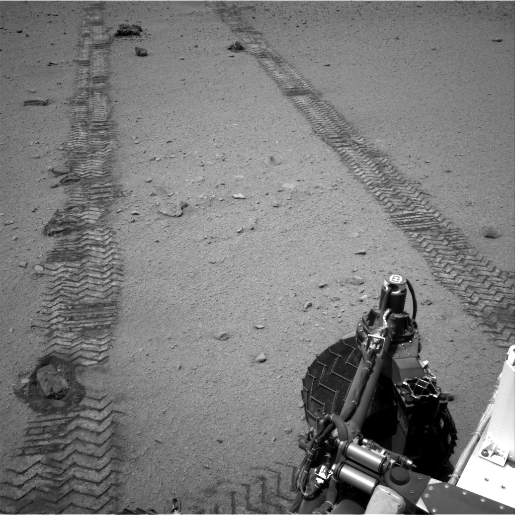 Nasa's Mars rover Curiosity acquired this image using its Right Navigation Camera on Sol 369, at drive 816, site number 12