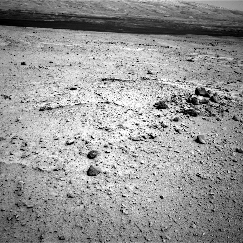 Nasa's Mars rover Curiosity acquired this image using its Right Navigation Camera on Sol 376, at drive 454, site number 14