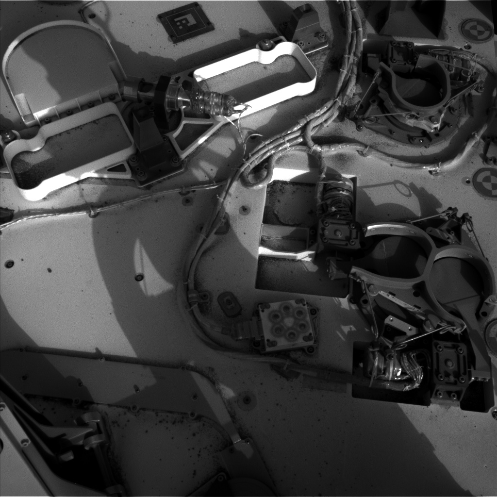 Nasa's Mars rover Curiosity acquired this image using its Left Navigation Camera on Sol 381, at drive 1262, site number 14