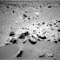 Nasa's Mars rover Curiosity acquired this image using its Left Navigation Camera on Sol 390, at drive 1572, site number 15