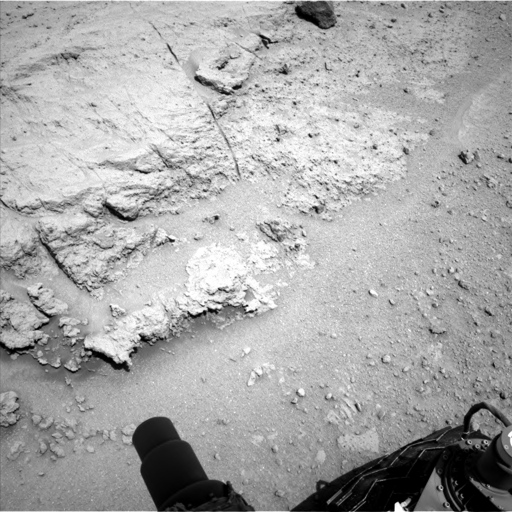 Nasa's Mars rover Curiosity acquired this image using its Left Navigation Camera on Sol 392, at drive 50, site number 16