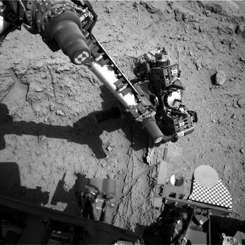 NASA's Mars rover Curiosity acquired this image using its Left Navigation Camera (Navcams) on Sol 400