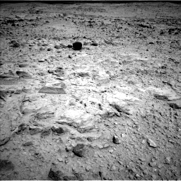 Nasa's Mars rover Curiosity acquired this image using its Left Navigation Camera on Sol 437, at drive 976, site number 21