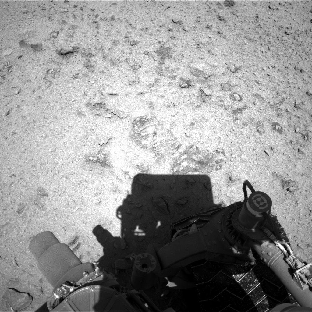 Nasa's Mars rover Curiosity acquired this image using its Left Navigation Camera on Sol 465, at drive 622, site number 23
