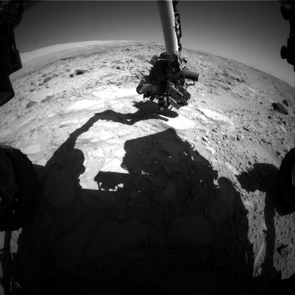 NASA's Mars rover Curiosity acquired this image using its Front Hazard Avoidance Cameras (Front Hazcams) on Sol 487