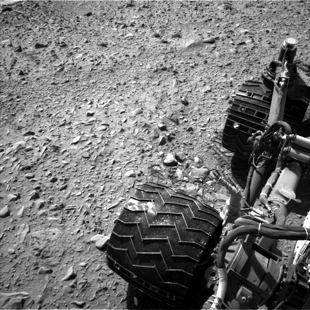 NASA's Mars rover Curiosity acquired this image using its Left Navigation Camera (Navcams) on Sol 488