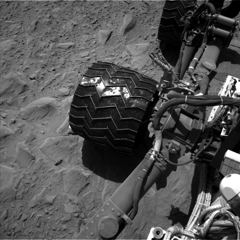 Nasa's Mars rover Curiosity acquired this image using its Left Navigation Camera on Sol 494, at drive 492, site number 24