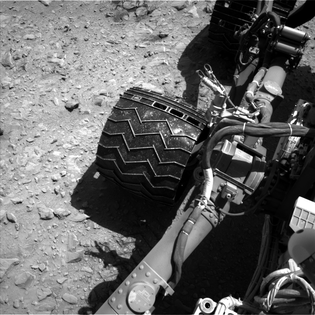 Nasa's Mars rover Curiosity acquired this image using its Left Navigation Camera on Sol 511, at drive 348, site number 25