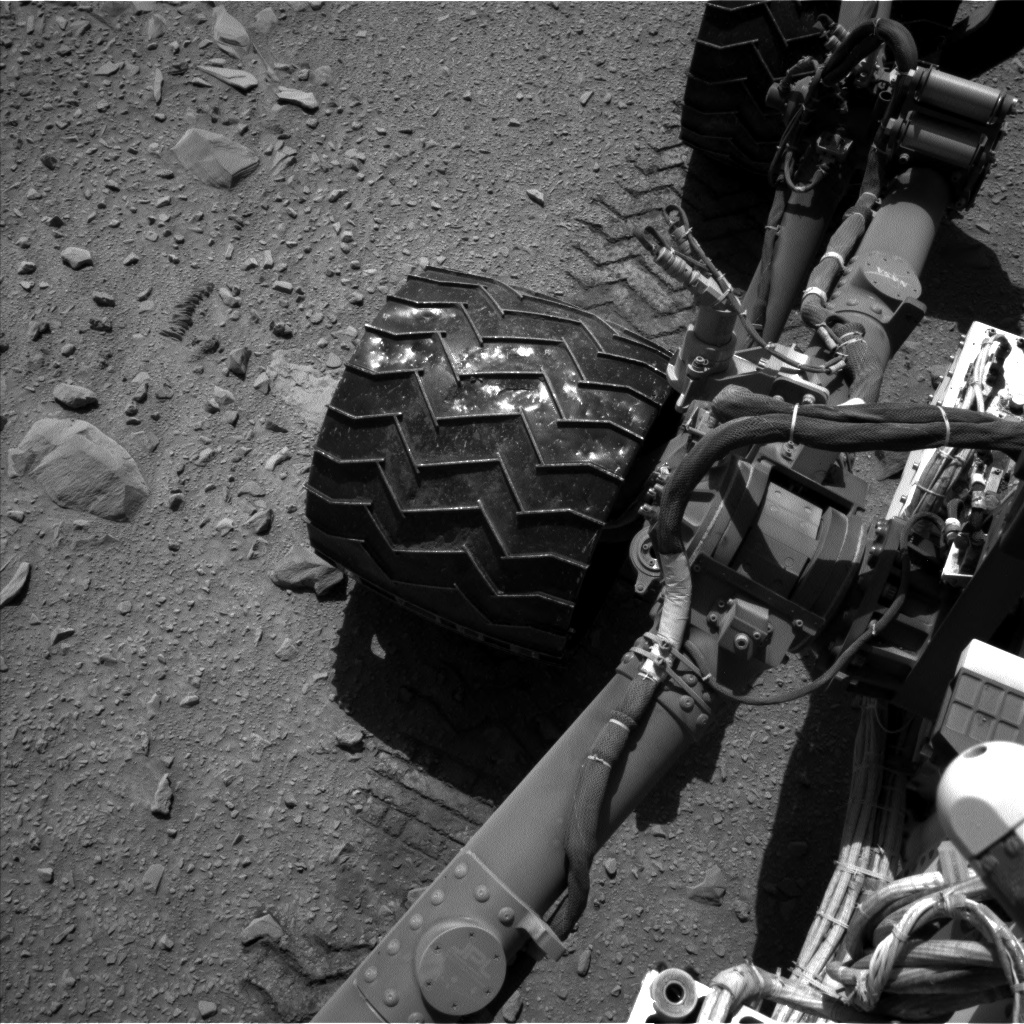 Nasa's Mars rover Curiosity acquired this image using its Left Navigation Camera on Sol 511, at drive 474, site number 25
