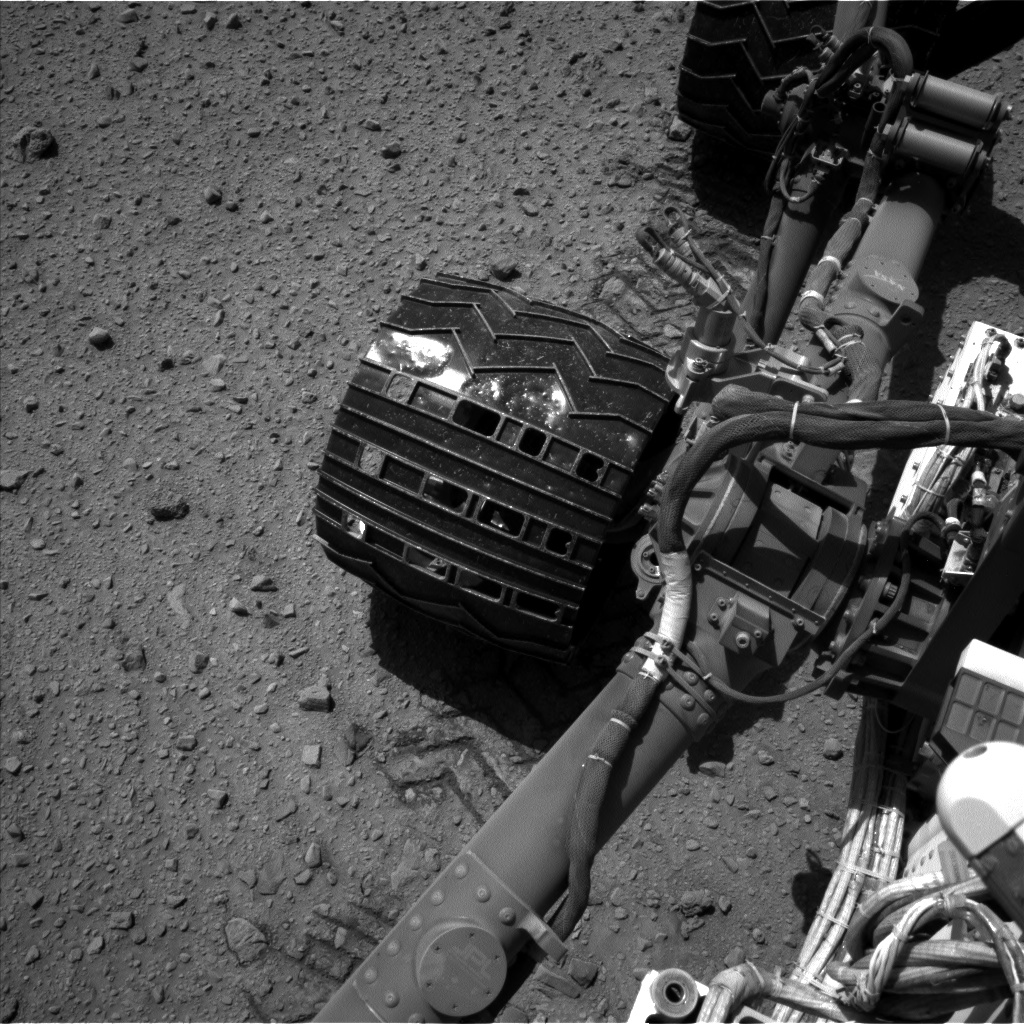 Nasa's Mars rover Curiosity acquired this image using its Left Navigation Camera on Sol 515, at drive 642, site number 25