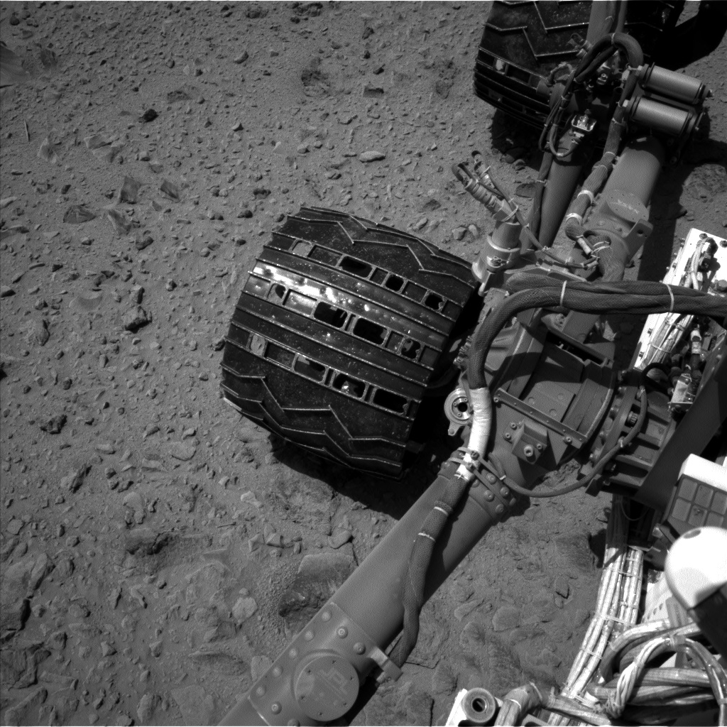 Nasa's Mars rover Curiosity acquired this image using its Left Navigation Camera on Sol 519, at drive 922, site number 25
