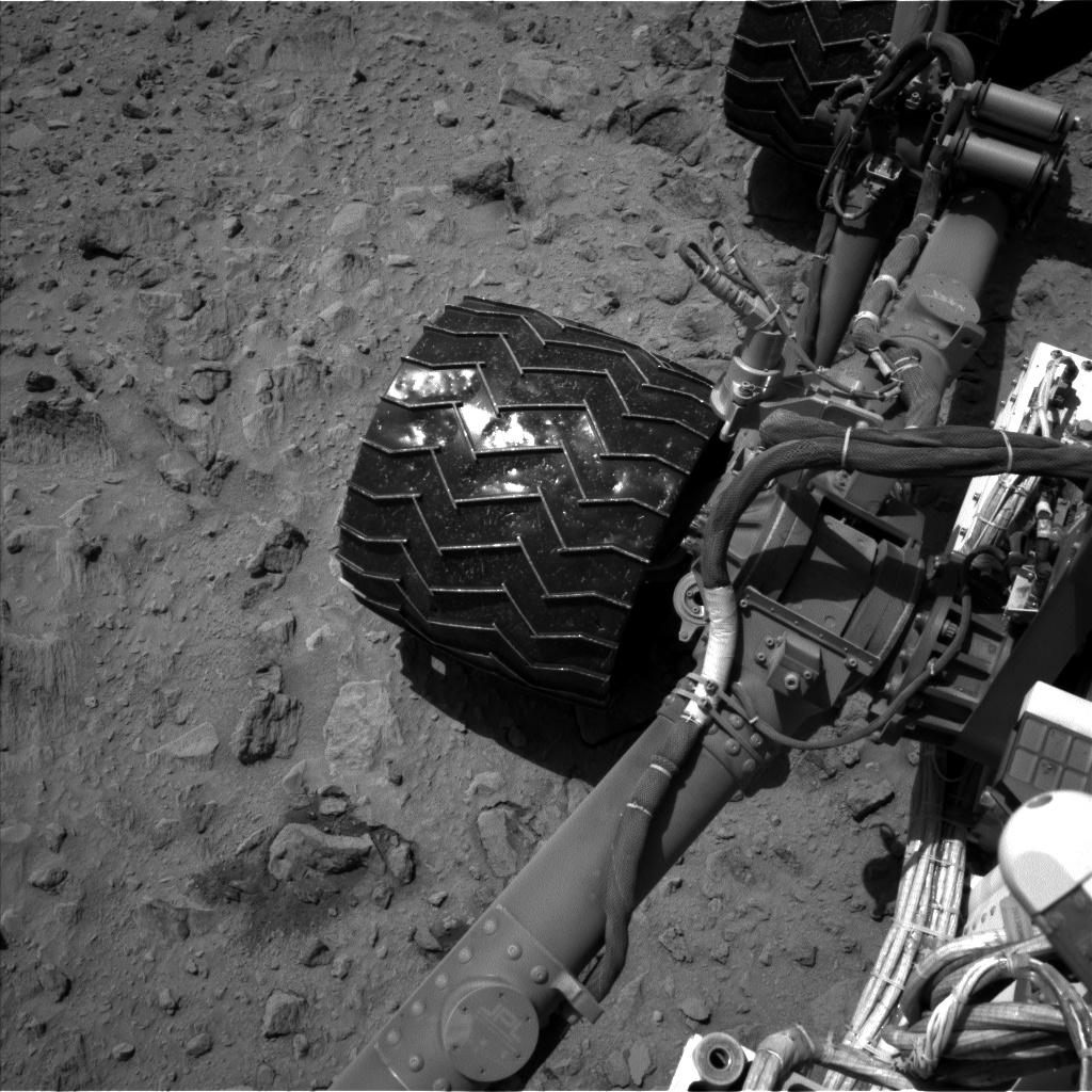 Nasa's Mars rover Curiosity acquired this image using its Left Navigation Camera on Sol 519, at drive 934, site number 25