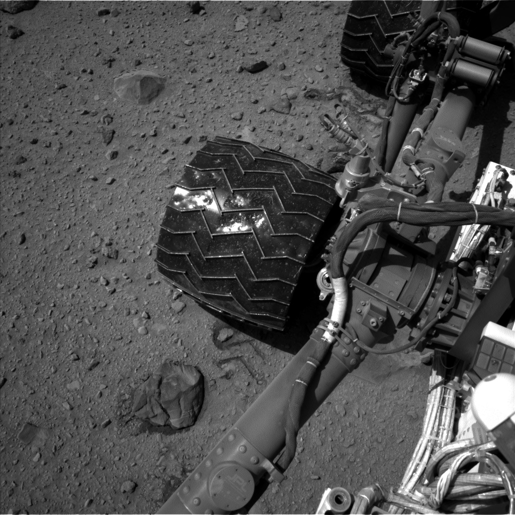 Nasa's Mars rover Curiosity acquired this image using its Left Navigation Camera on Sol 519, at drive 1006, site number 25