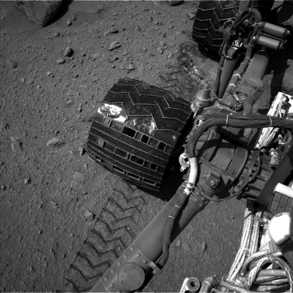 Nasa's Mars rover Curiosity acquired this image using its Left Navigation Camera on Sol 519, at drive 1042, site number 25