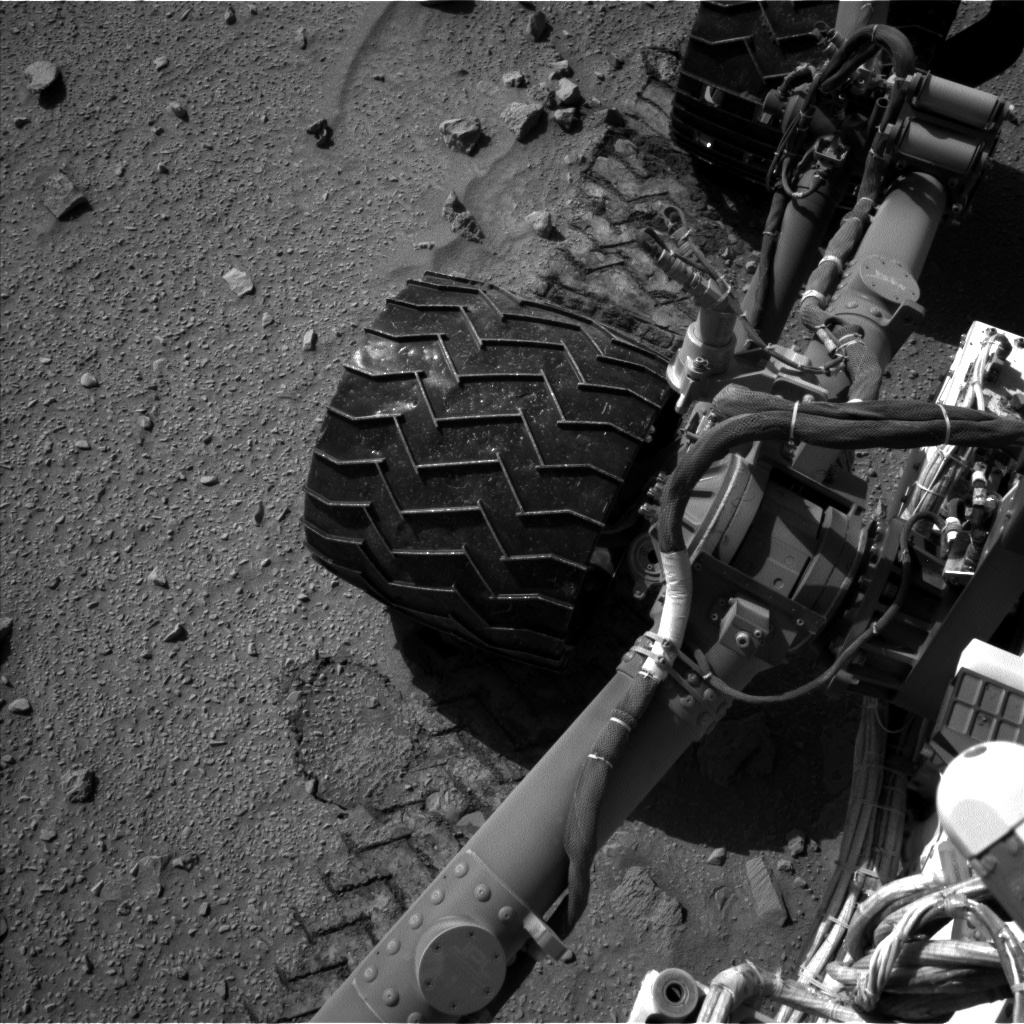 Nasa's Mars rover Curiosity acquired this image using its Left Navigation Camera on Sol 520, at drive 1196, site number 25