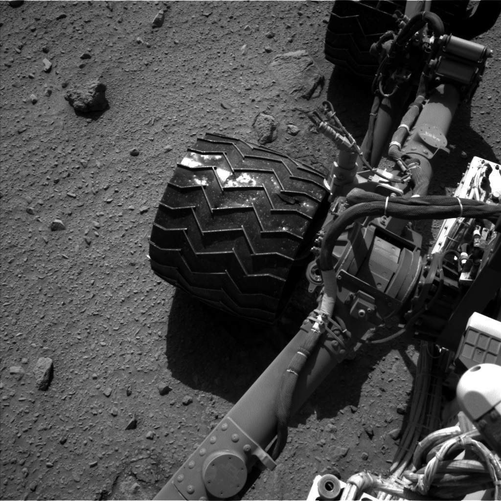 NASA's Mars rover Curiosity acquired this image using its Left Navigation Camera (Navcams) on Sol 521