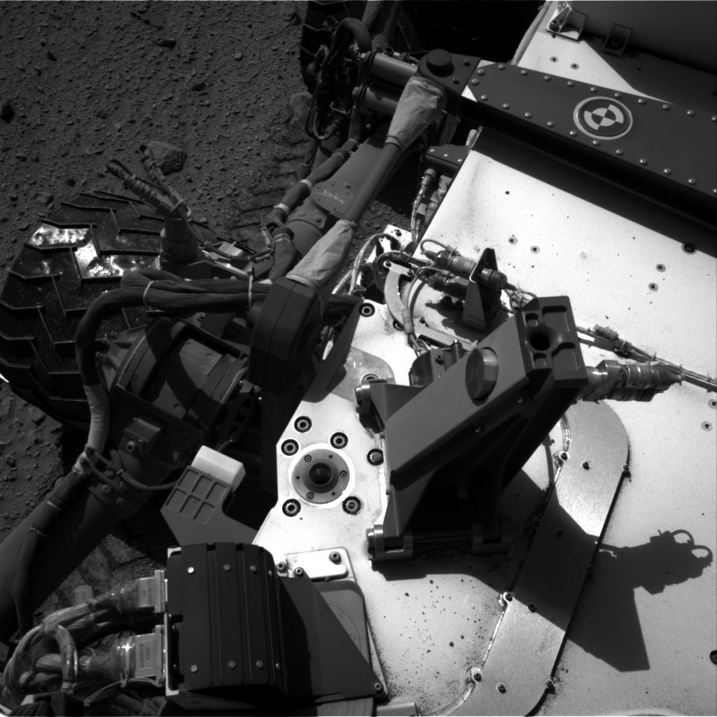 NASA's Mars rover Curiosity acquired this image using its Right Navigation Cameras (Navcams) on Sol 521