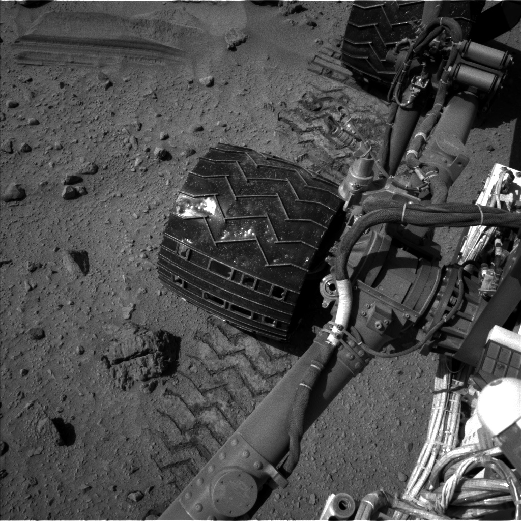 Nasa's Mars rover Curiosity acquired this image using its Left Navigation Camera on Sol 524, at drive 1384, site number 25