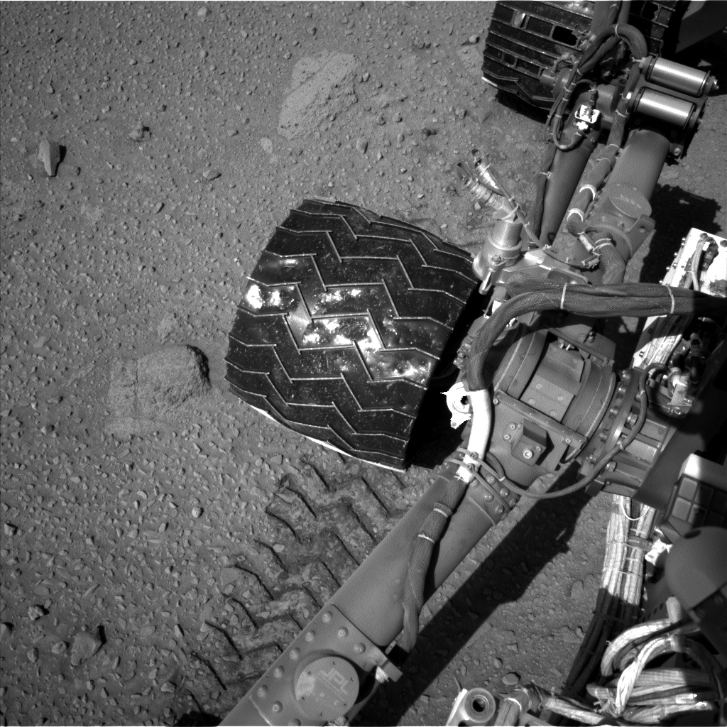 Nasa's Mars rover Curiosity acquired this image using its Left Navigation Camera on Sol 527, at drive 1776, site number 25