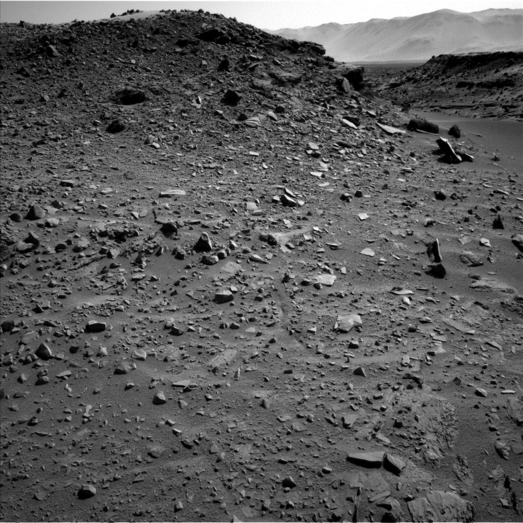 cosas raras que pasan en Marte NLB_444283128EDR_F0260000NCAM00251M_