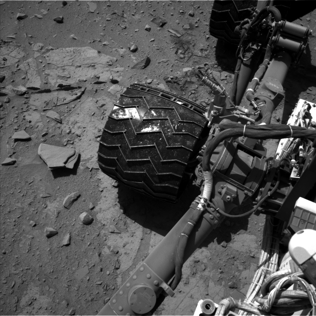 Nasa's Mars rover Curiosity acquired this image using its Left Navigation Camera on Sol 528, at drive 12, site number 26