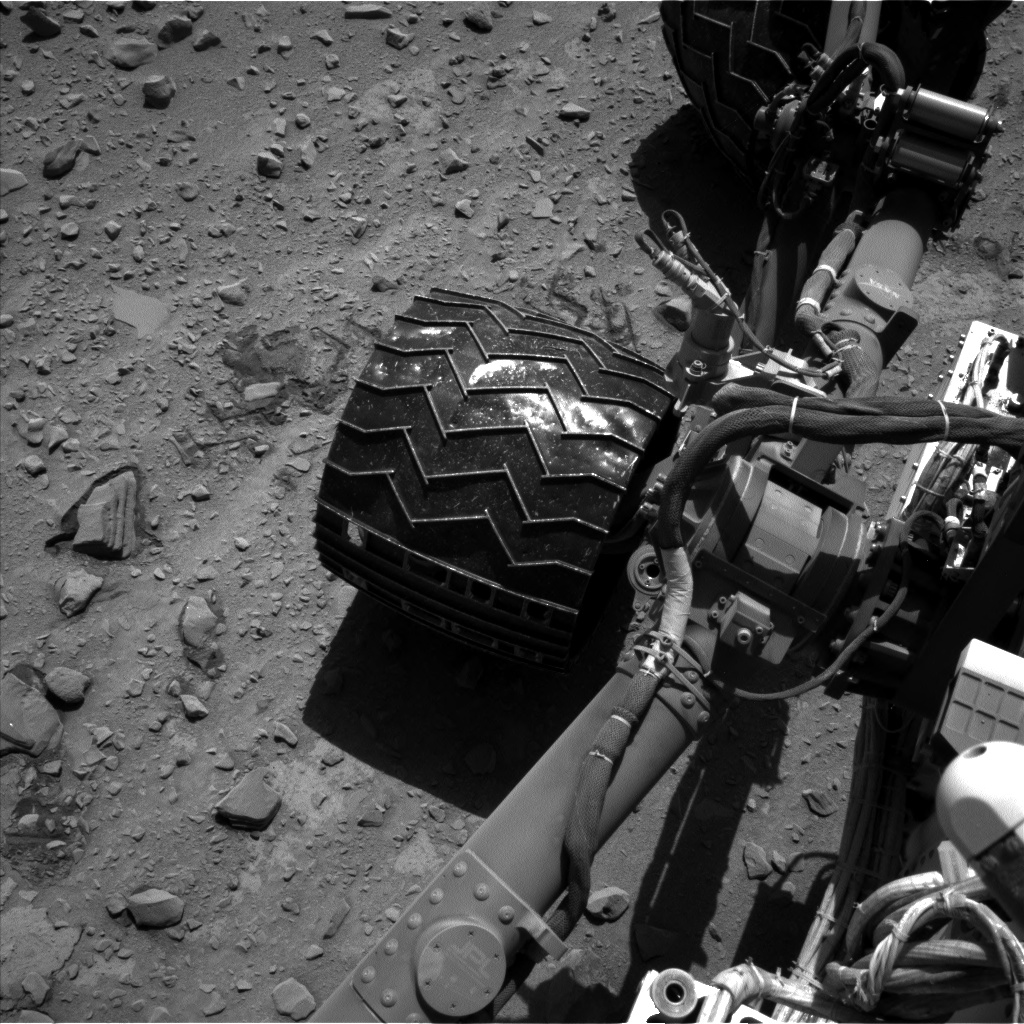 Nasa's Mars rover Curiosity acquired this image using its Left Navigation Camera on Sol 528, at drive 24, site number 26