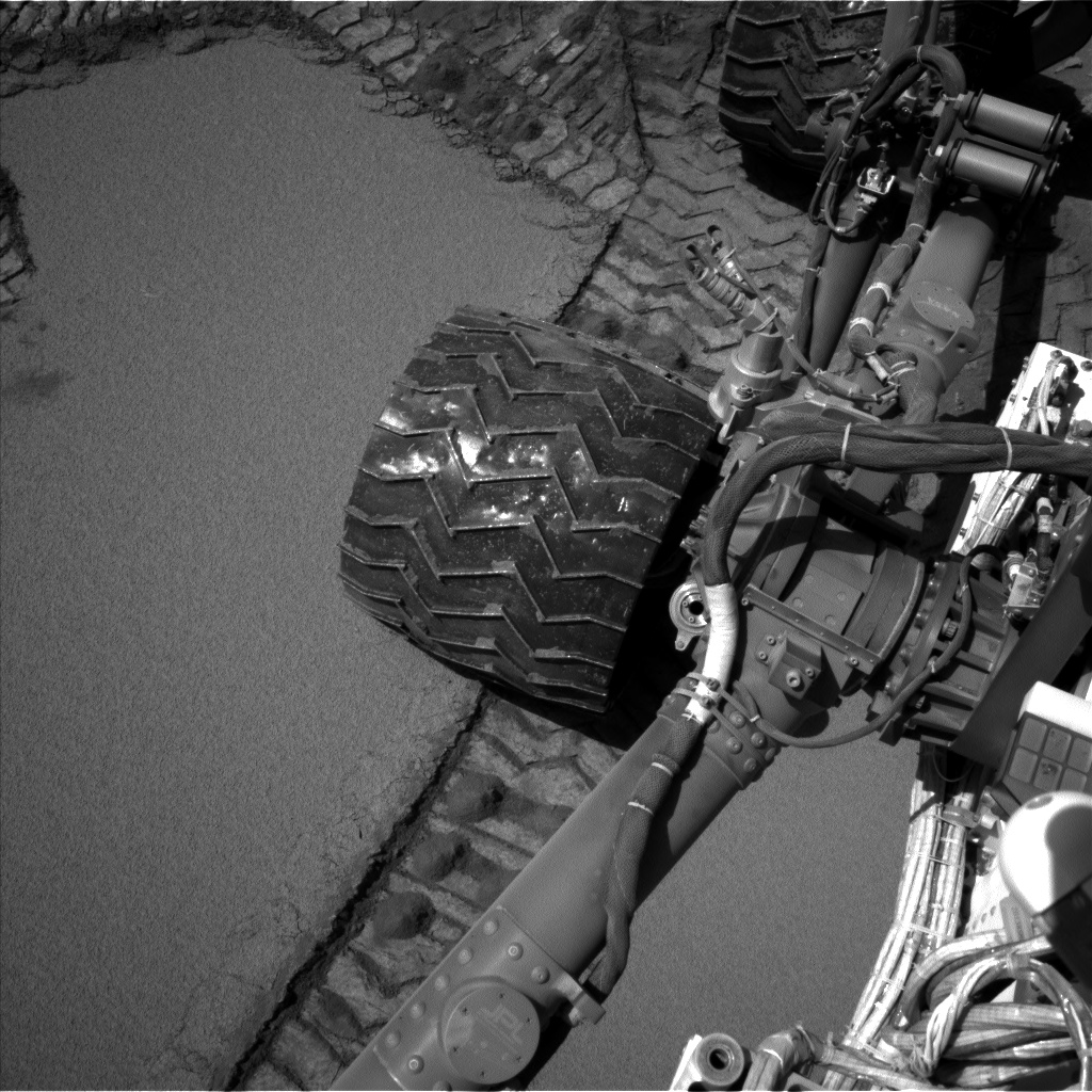 Nasa's Mars rover Curiosity acquired this image using its Left Navigation Camera on Sol 533, at drive 268, site number 26