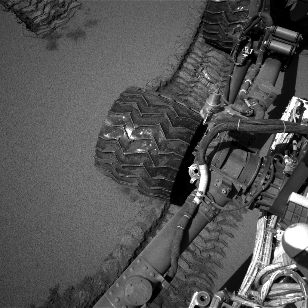 Nasa's Mars rover Curiosity acquired this image using its Left Navigation Camera on Sol 533, at drive 286, site number 26