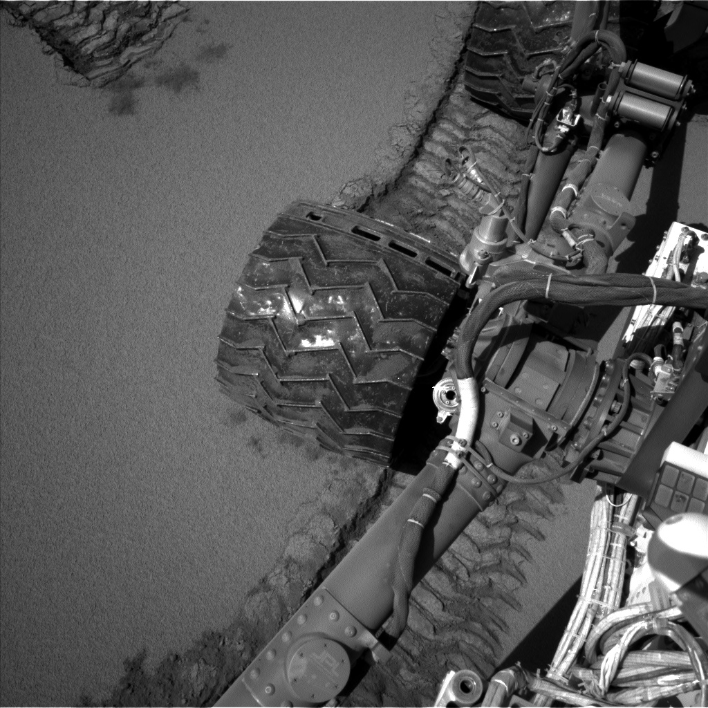 Nasa's Mars rover Curiosity acquired this image using its Left Navigation Camera on Sol 533, at drive 292, site number 26