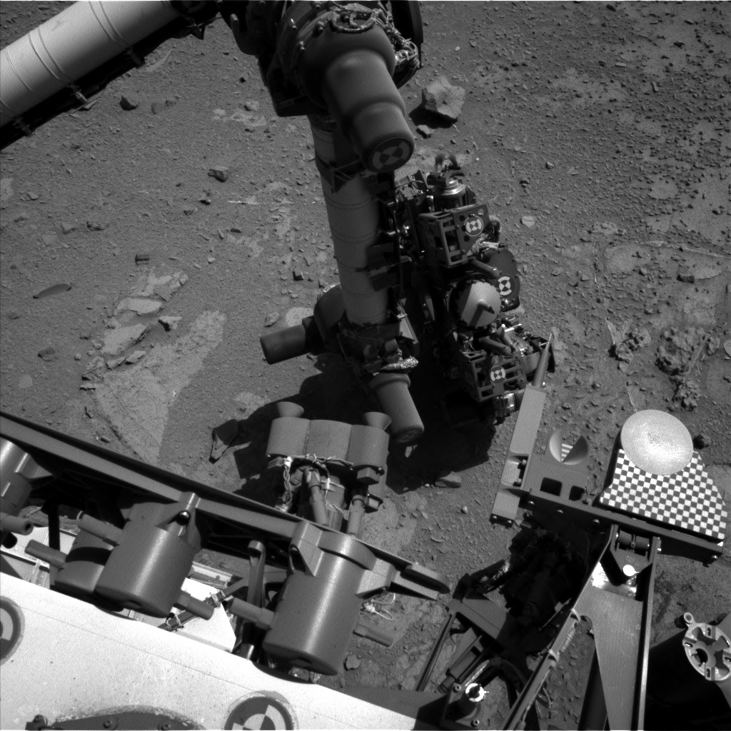 NASA's Mars rover Curiosity acquired this image using its Left Navigation Camera (Navcams) on Sol 537
