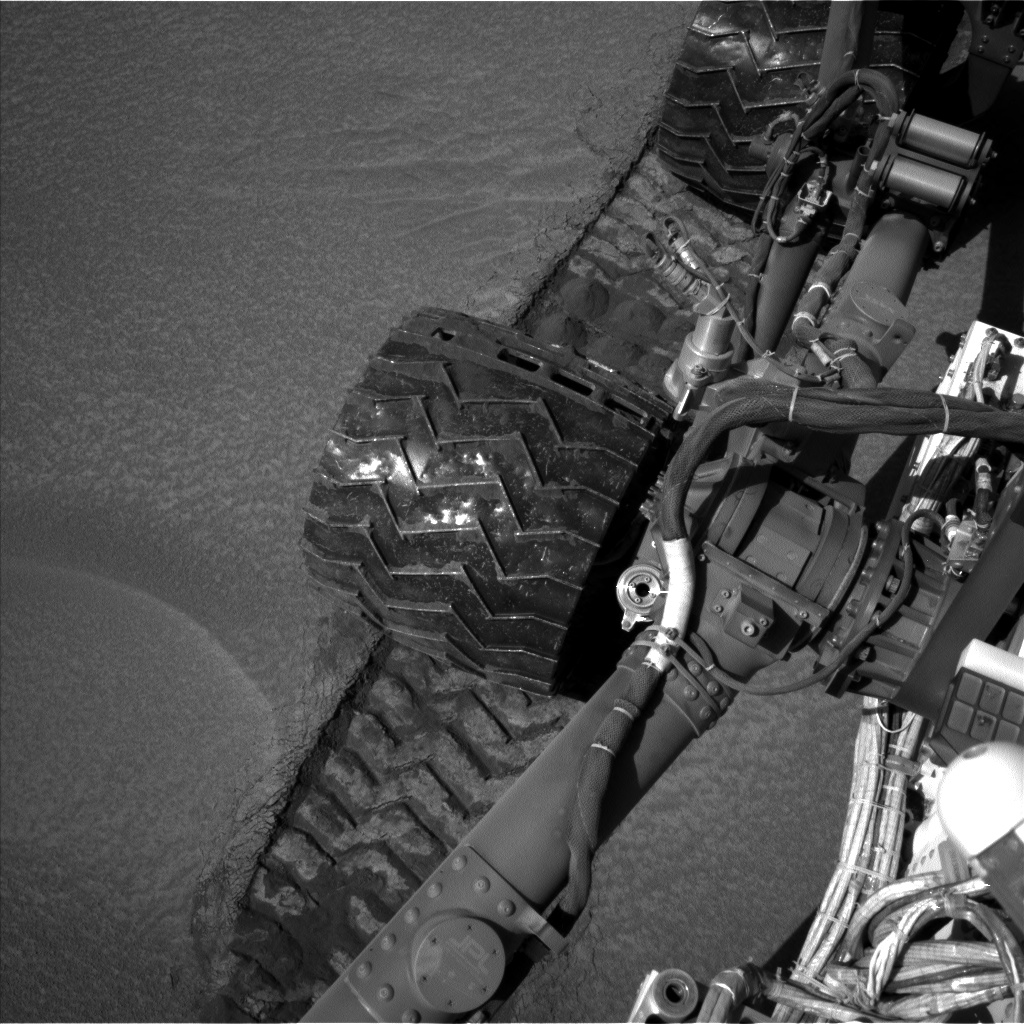 Nasa's Mars rover Curiosity acquired this image using its Left Navigation Camera on Sol 538, at drive 516, site number 26