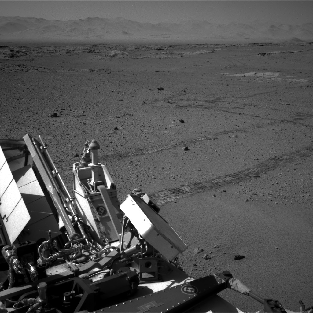 Nasa's Mars rover Curiosity acquired this image using its Right Navigation Camera on Sol 551, at drive 1124, site number 27