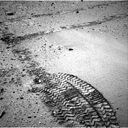 Nasa's Mars rover Curiosity acquired this image using its Right Navigation Camera on Sol 552, at drive 1160, site number 27