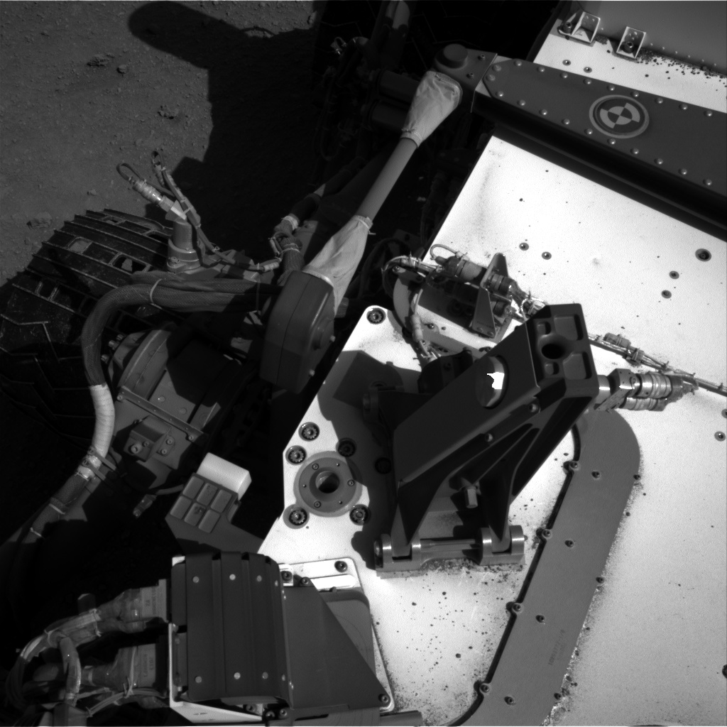 Nasa's Mars rover Curiosity acquired this image using its Right Navigation Camera on Sol 552, at drive 1376, site number 27