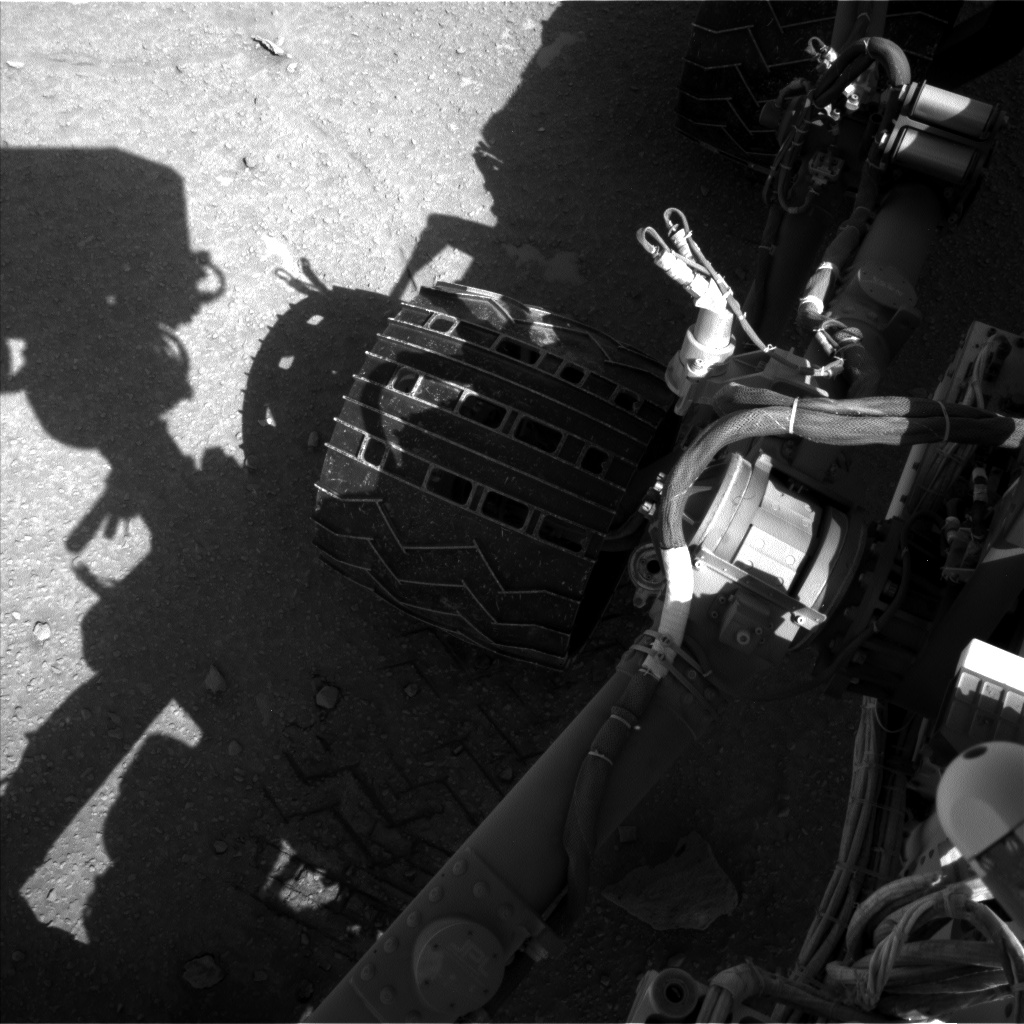 Nasa's Mars rover Curiosity acquired this image using its Left Navigation Camera on Sol 553, at drive 150, site number 28