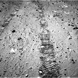 Nasa's Mars rover Curiosity acquired this image using its Right Navigation Camera on Sol 555, at drive 532, site number 28
