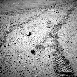 Nasa's Mars rover Curiosity acquired this image using its Left Navigation Camera on Sol 565, at drive 448, site number 29