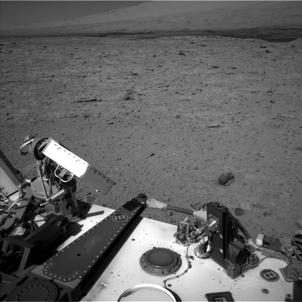 Nasa's Mars rover Curiosity acquired this image using its Left Navigation Camera on Sol 572, at drive 484, site number 30