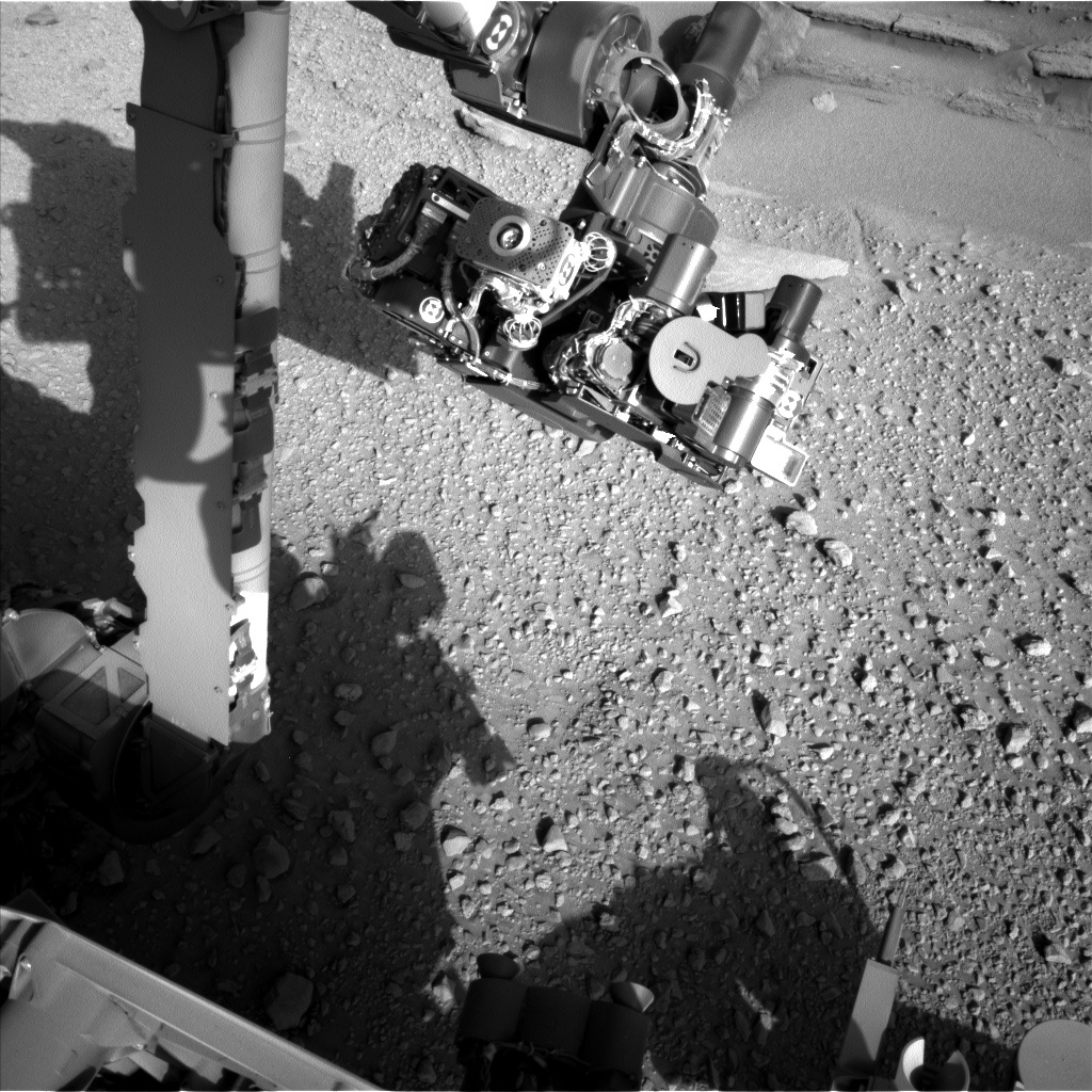 NASA's Mars rover Curiosity acquired this image using its Left Navigation Camera (Navcams) on Sol 578