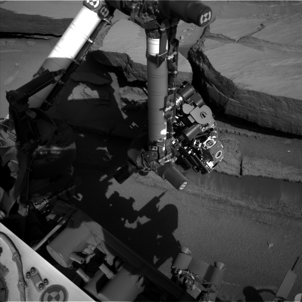 Nasa's Mars rover Curiosity acquired this image using its Left Navigation Camera on Sol 584, at drive 786, site number 30