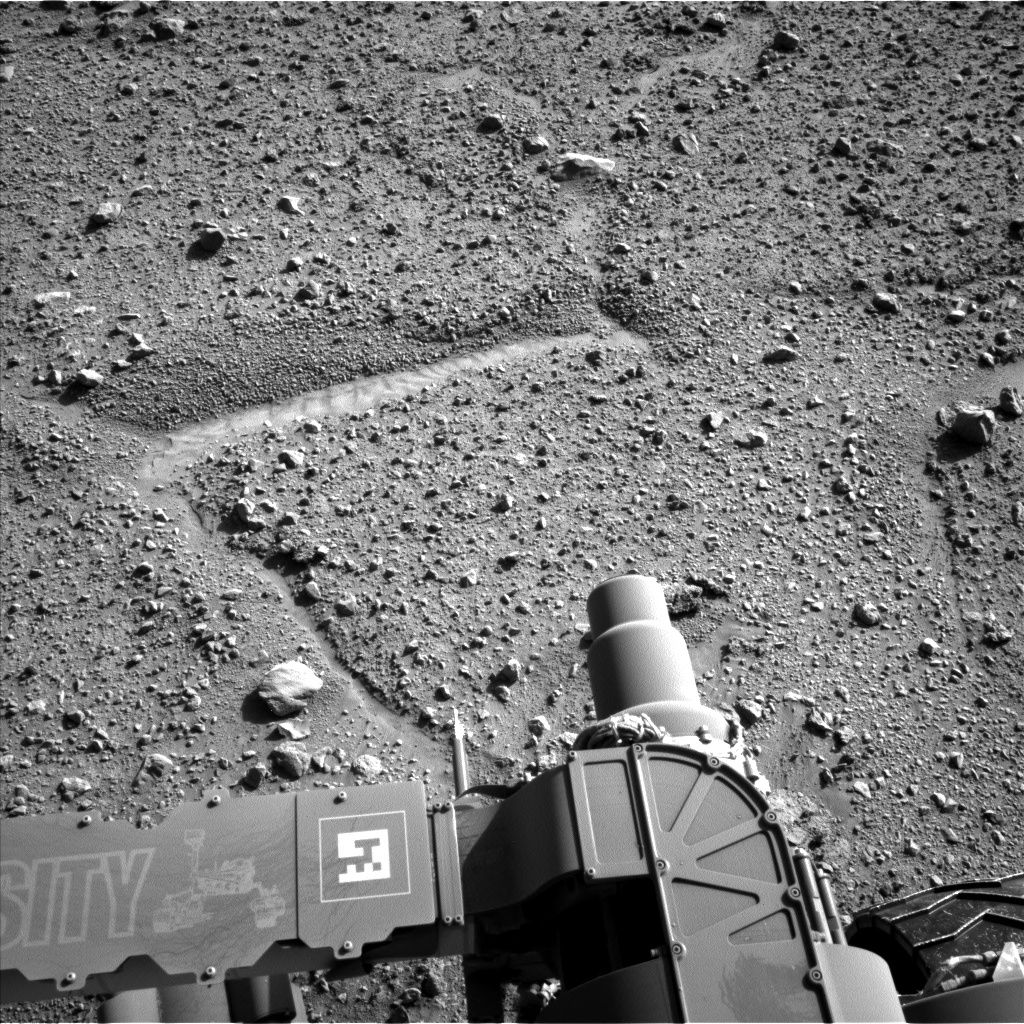 Nasa's Mars rover Curiosity acquired this image using its Left Navigation Camera on Sol 589, at drive 0, site number 31