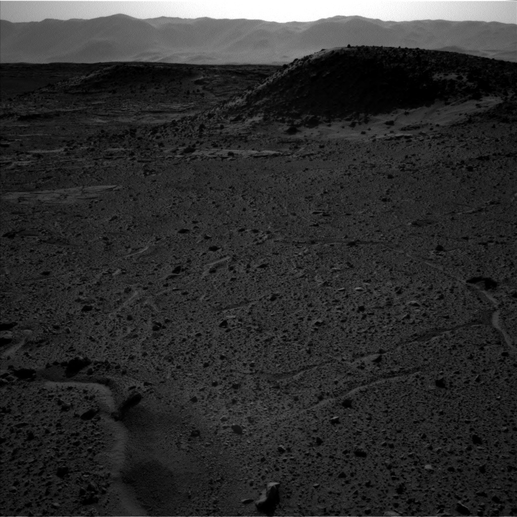 NASA's Mars rover Curiosity acquired this image using its Left Navigation Camera (Navcams) on Sol 589