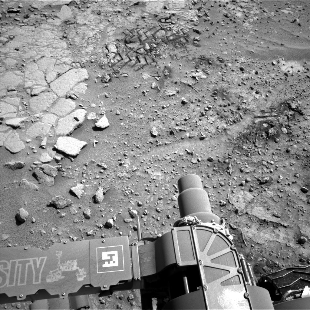 Nasa's Mars rover Curiosity acquired this image using its Left Navigation Camera on Sol 597, at drive 718, site number 31